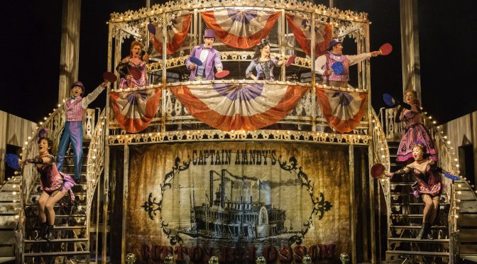 """""""Show Boat"""" at the New London Theatre"""