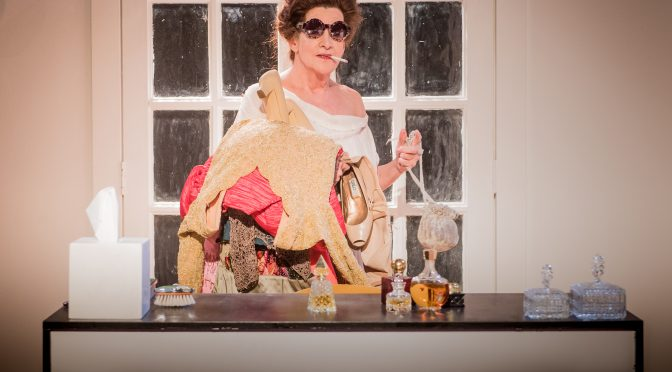 """""""Woman Before a Glass"""" at the Jermyn Street Theatre"""